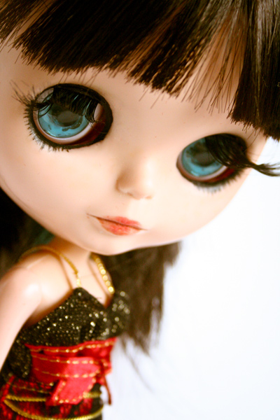 Viper-blythe-doll-256-2